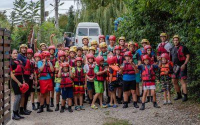 Rafting și distracție pentru copiii de la Rugby Cluj Junior